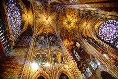 Notre-Dame-inside-HDR