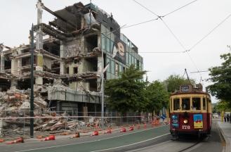 tram-demolition
