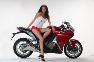 bike & model img_0013