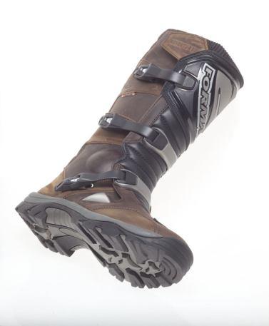 Forma Adventure Boot